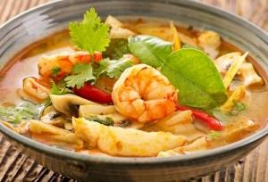 tajskij-sup-tom-yam-s-krevetkami-031