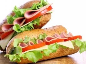 Ves-assortiment-piccy-a-takzhe-sendvichi-i-gamburgery-ot-kompanii-Italita-so-skidkoj-50_