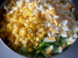 salat-iz-konservirovannoj-kukuruzy