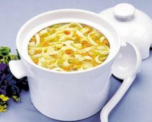 Унаш-суп-из-фасоли-с-лапшой