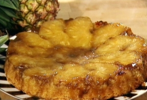 bananovo-ananasnji-tort-vverh-tormashkami_1287647936_0