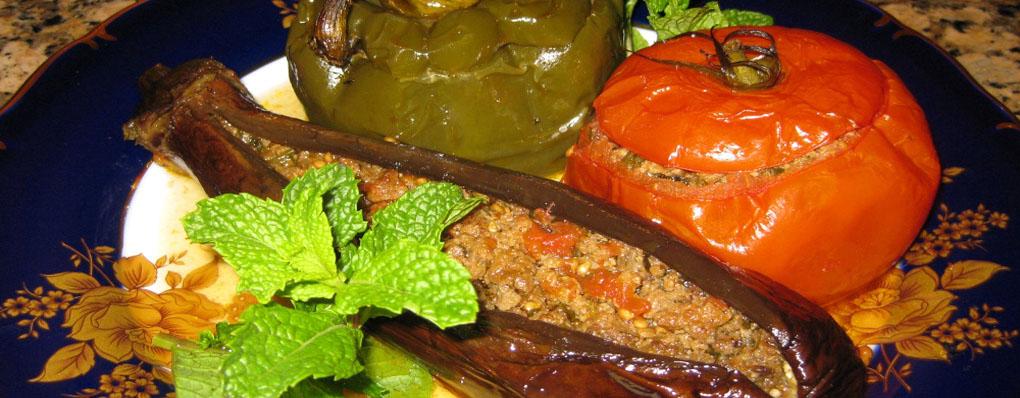 Долма с фаршированными перцами в овощах на курдюке от Рустама
