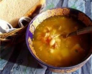 Суп-из-фасоли-с-лапшой