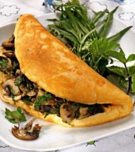 omlet-s-marinovannymi-gribami-595x667